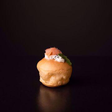Afbeeldingen van 6 x zalm soesjes