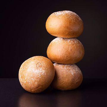 Afbeeldingen van 4 duitse broodjes