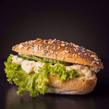 Afbeeldingen van Belegd broodje eiersalade